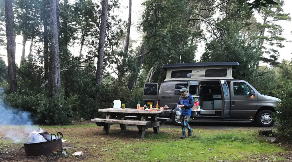 Oregon campsite with ROAMERICA campervan
