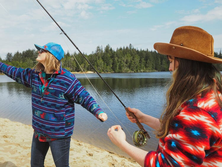 Preparing a fly fishing line in Oregon