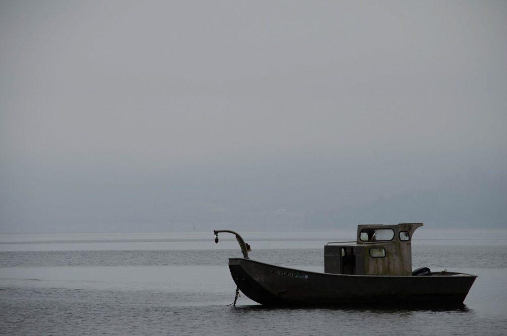 Boat on Oregon Coast - ROAMERICA