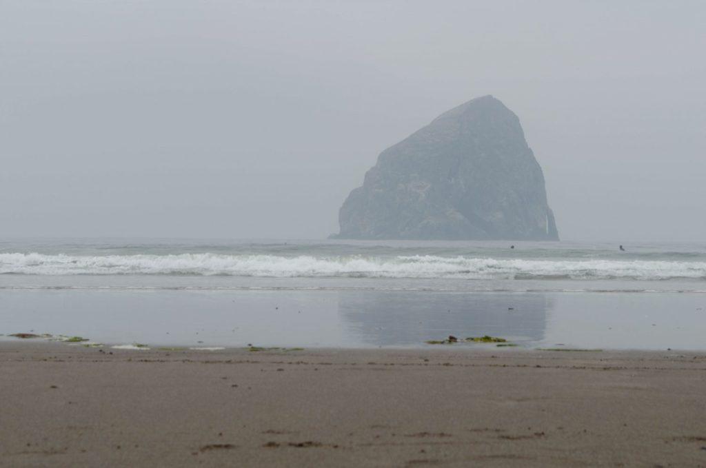 Haystack Rock - Oregon - ROAMERICA