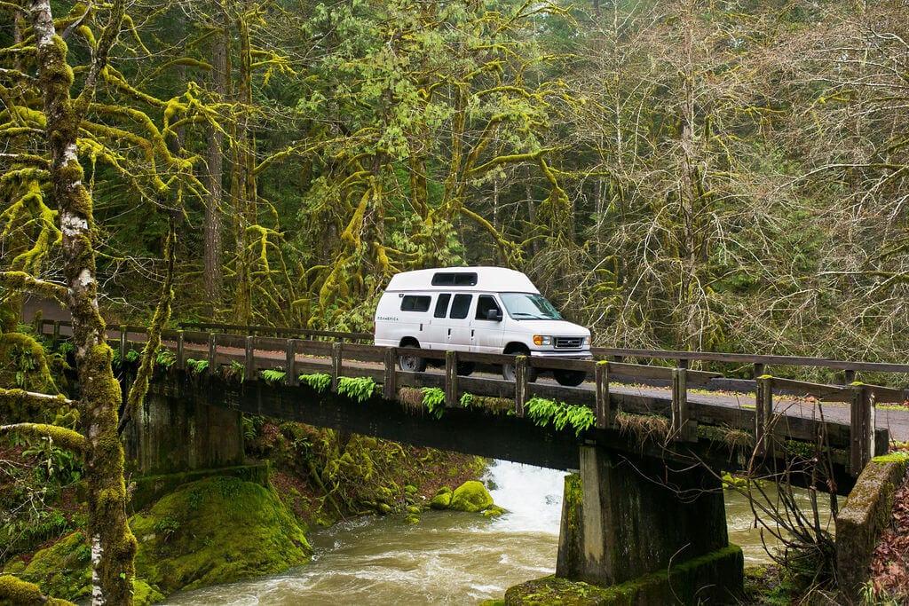 Exploring Oregon Forests - ROAMERICA Campervan