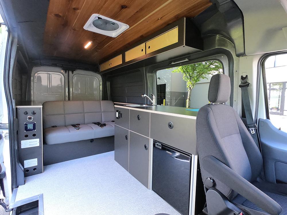 roamerica-campervans-for-sale-ford-transit-interior
