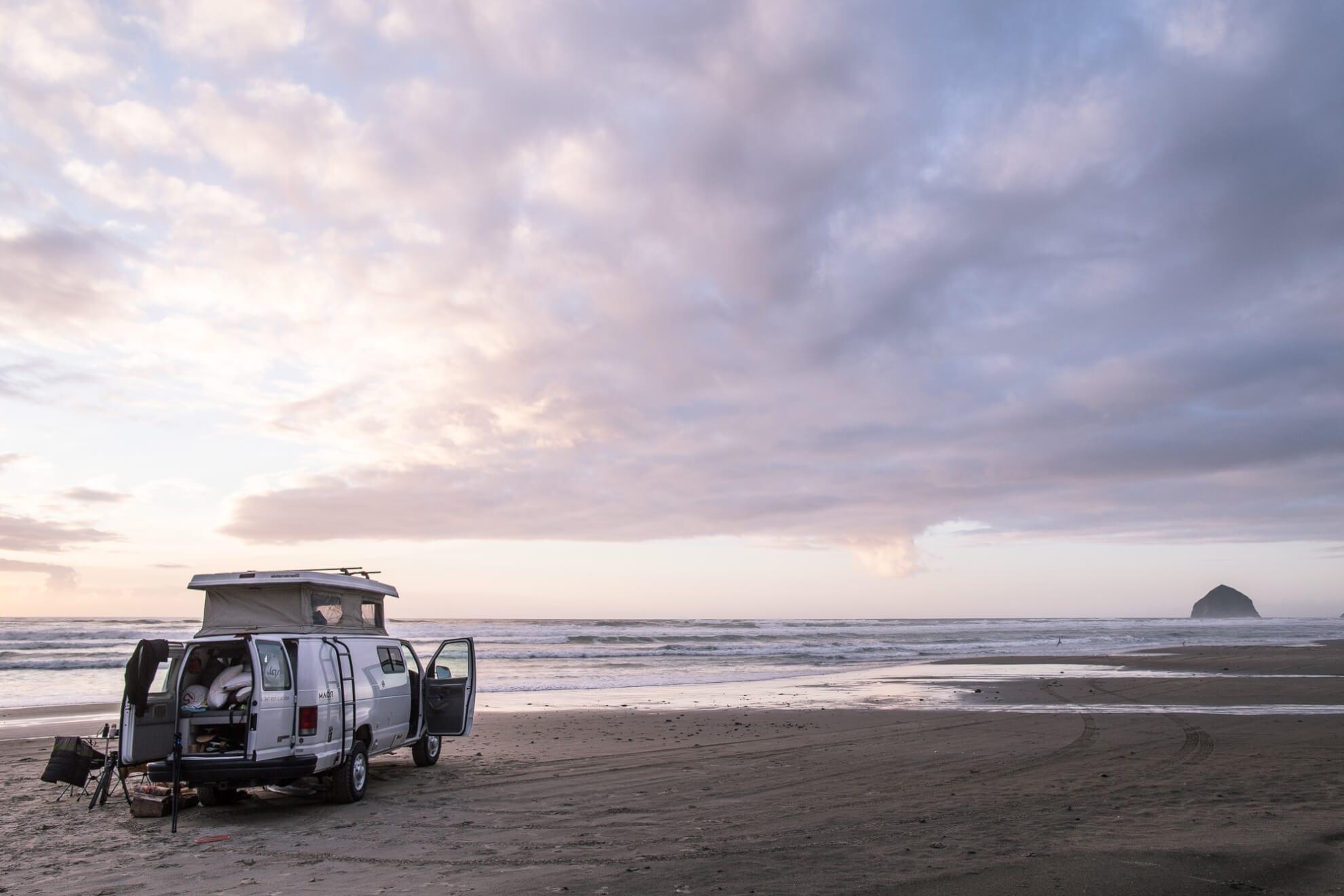 Camping on Oregon Coast - ROAMERICA