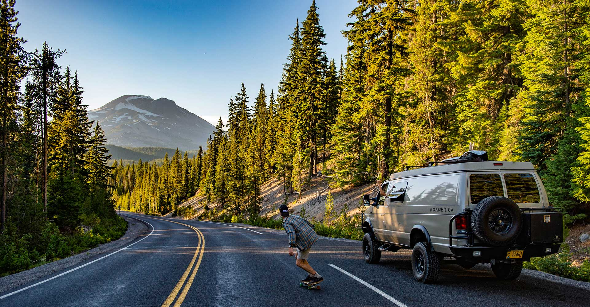 4wd Campervan on an Oregon road trip
