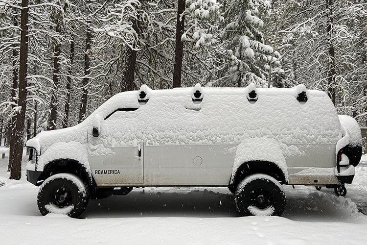 4x4 Ford Econoline van