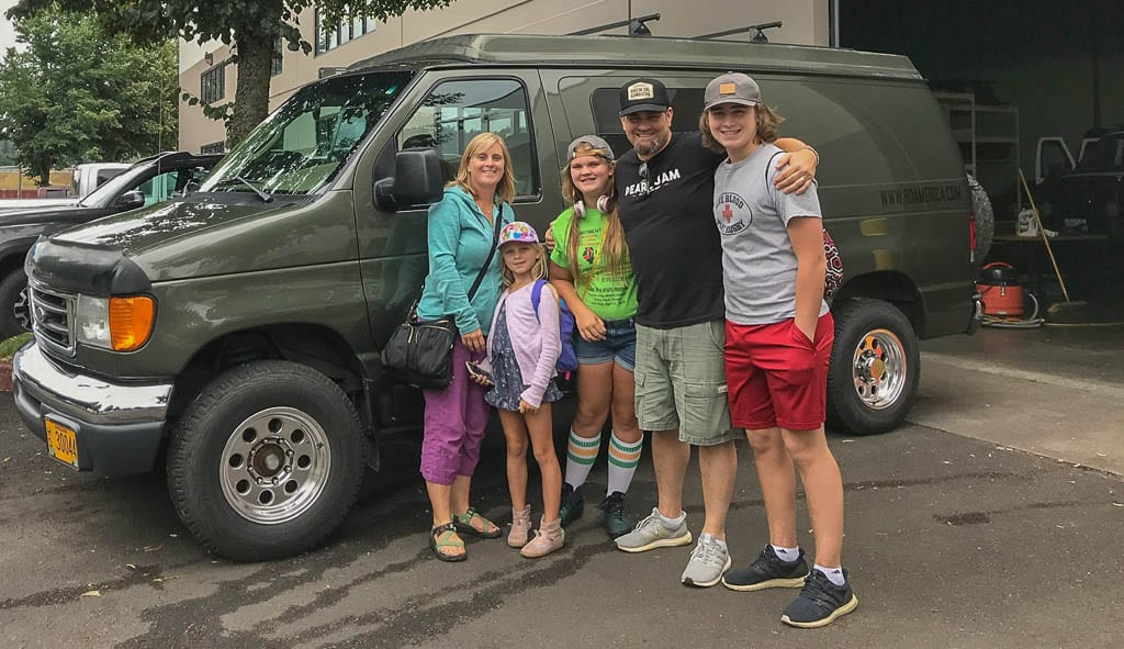 Family adventures that stick a lifetime! Pop Top Sportsmobile van rental.